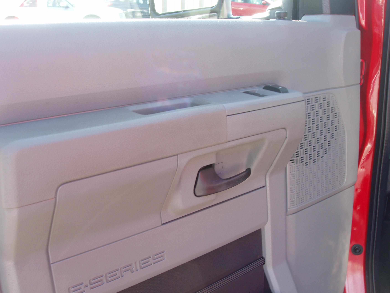 2009 Ford E-150 Cargo VanPA230008