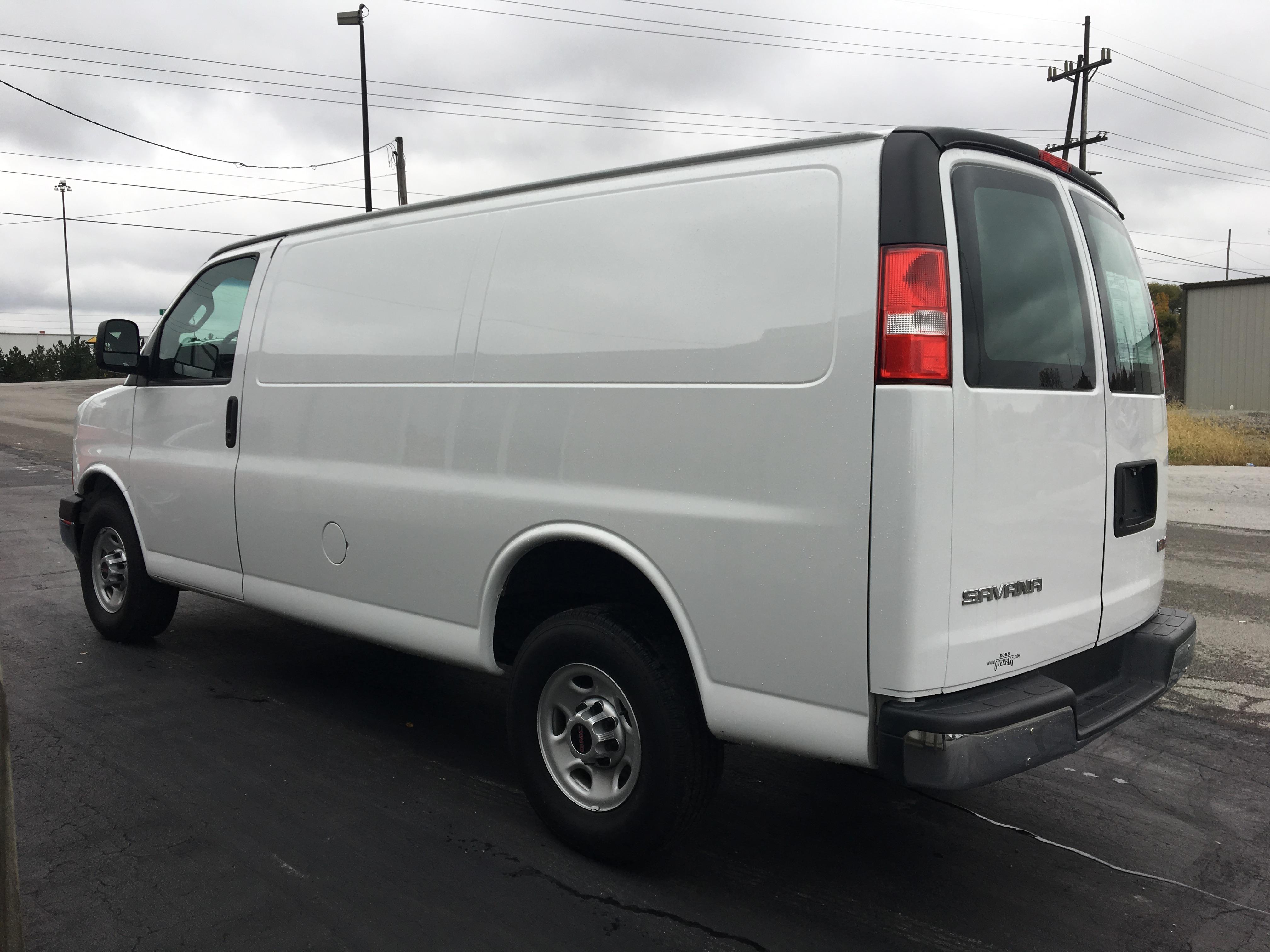 2017 GMC Savana 2500 Cargo Van