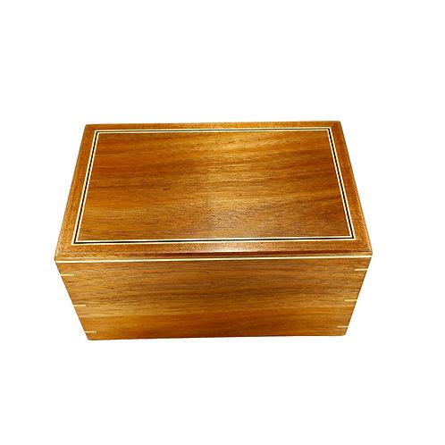 Urn Box 841