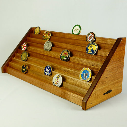 Challenge Coin Display - 100 coin - 932