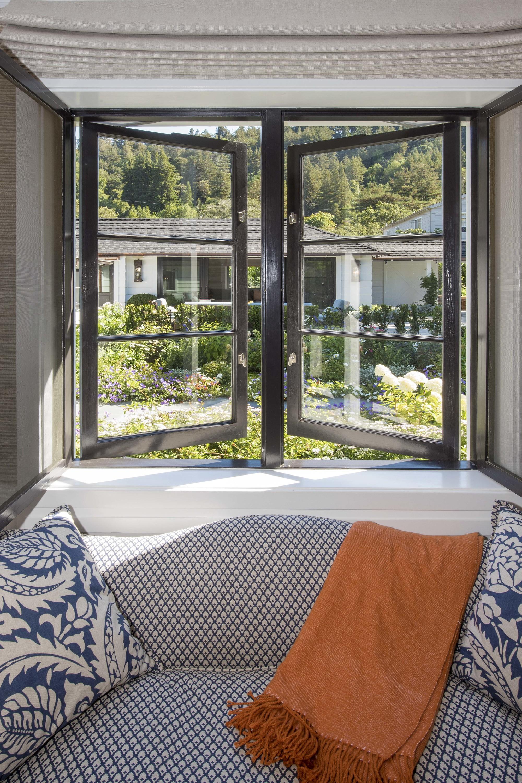window seat vignette