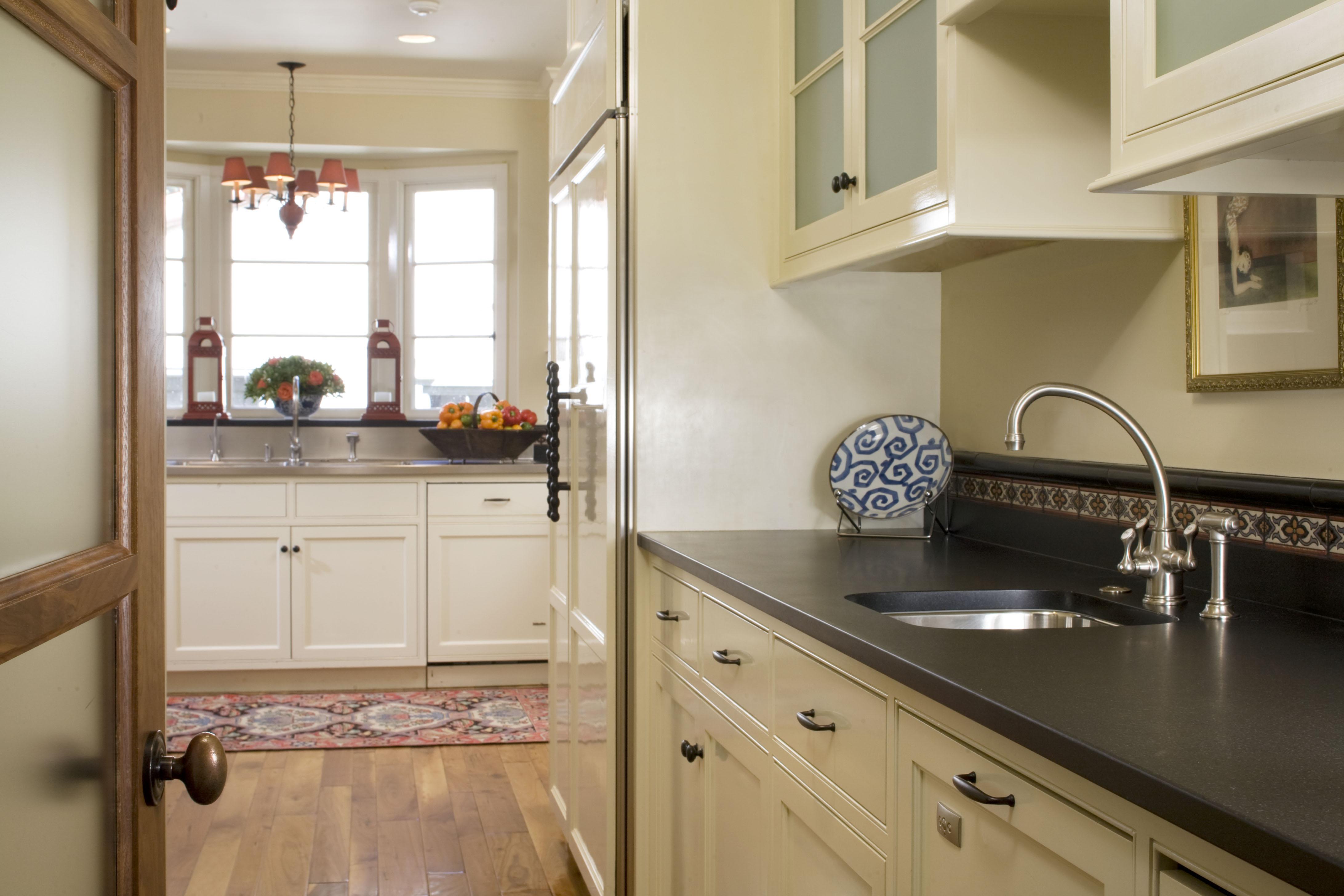 kitchen bar sink