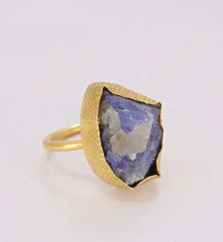 Belleza - Amatisia Sapphire