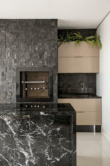 BAS040P - Mosaico Pedra Ferro Preto