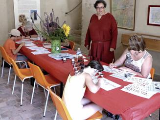 Au Château des Allymes : Calligraphie