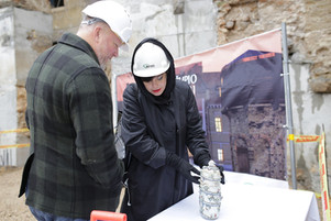 Pirmoji Nomedos Marčėnaitės kurta kapsulė įkasta Užupyje