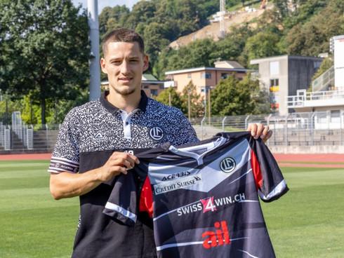 Celar sings for FC Lugano
