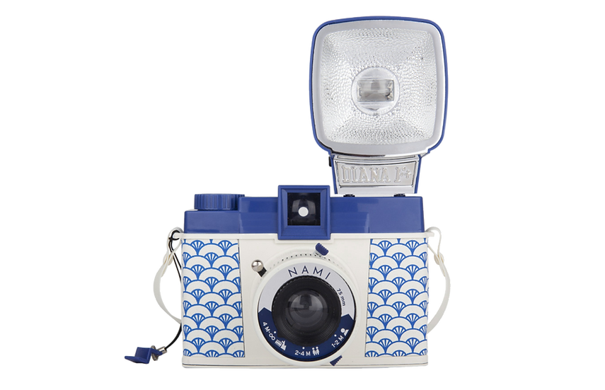 Lomography Diana F+ Film Camera and Flash (Nami)