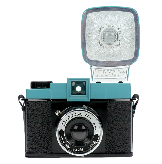 Lomography Diana F+ Deluxe Kit