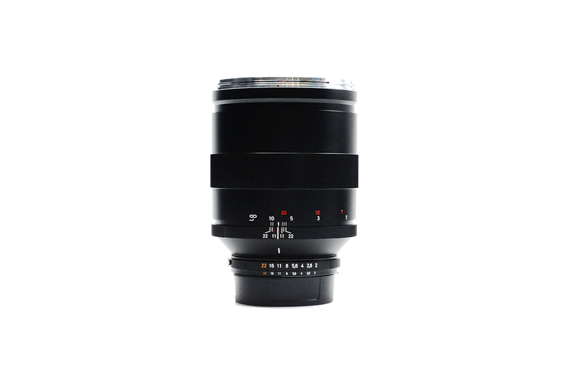 Zeiss T* 135mm APO Sonnar f.2 ZF Lens