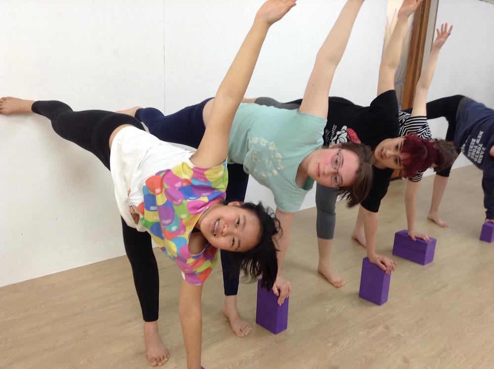 Teens Yoga - Hills Yoga