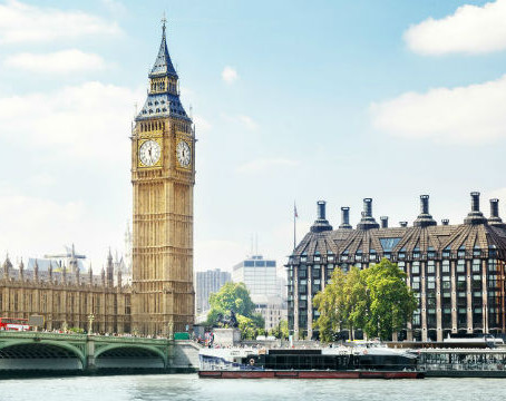 London sees boom in international students