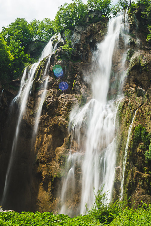 Plitviče Lakes Waterfall