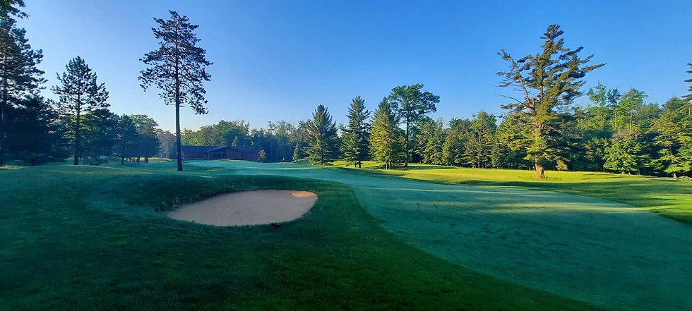 Red Hawk Golf Club.jpg