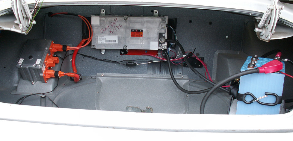 DC-DC CONVERTER IN THE TRUNK