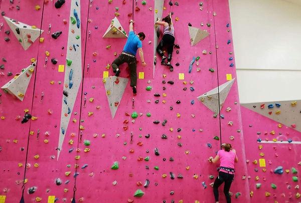 Indoor Climbing - Rock Climbing - Gilfor