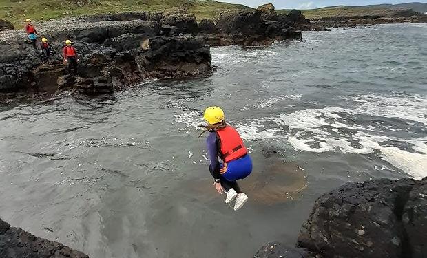 Coasteering - cliff jump - Dunseverick -