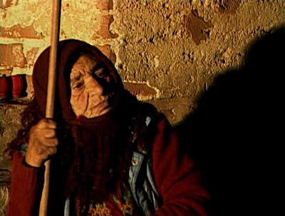oldwoman2.jpg