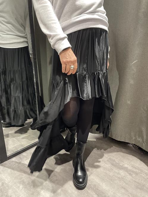 jupe asymétrique noire