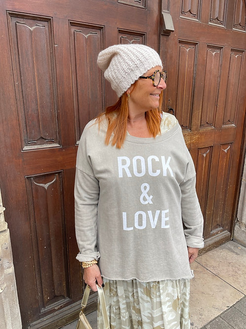 sweat rock and love beige