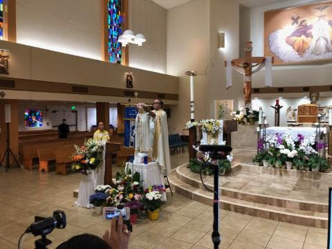 Fr. Thomas Asia Crowning Our Lady of Fatima Statue