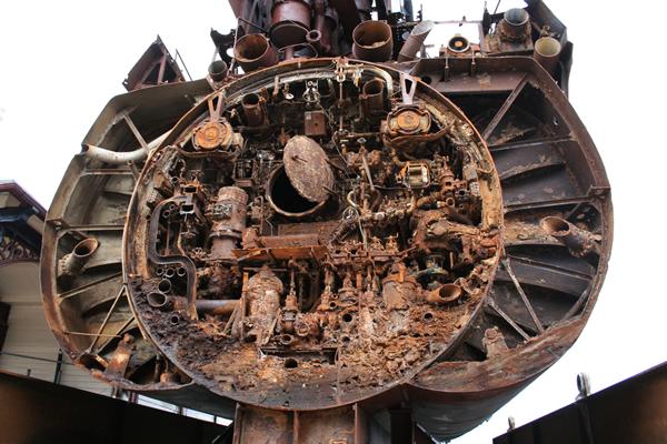 U-534 Submarine steel cutting - UK