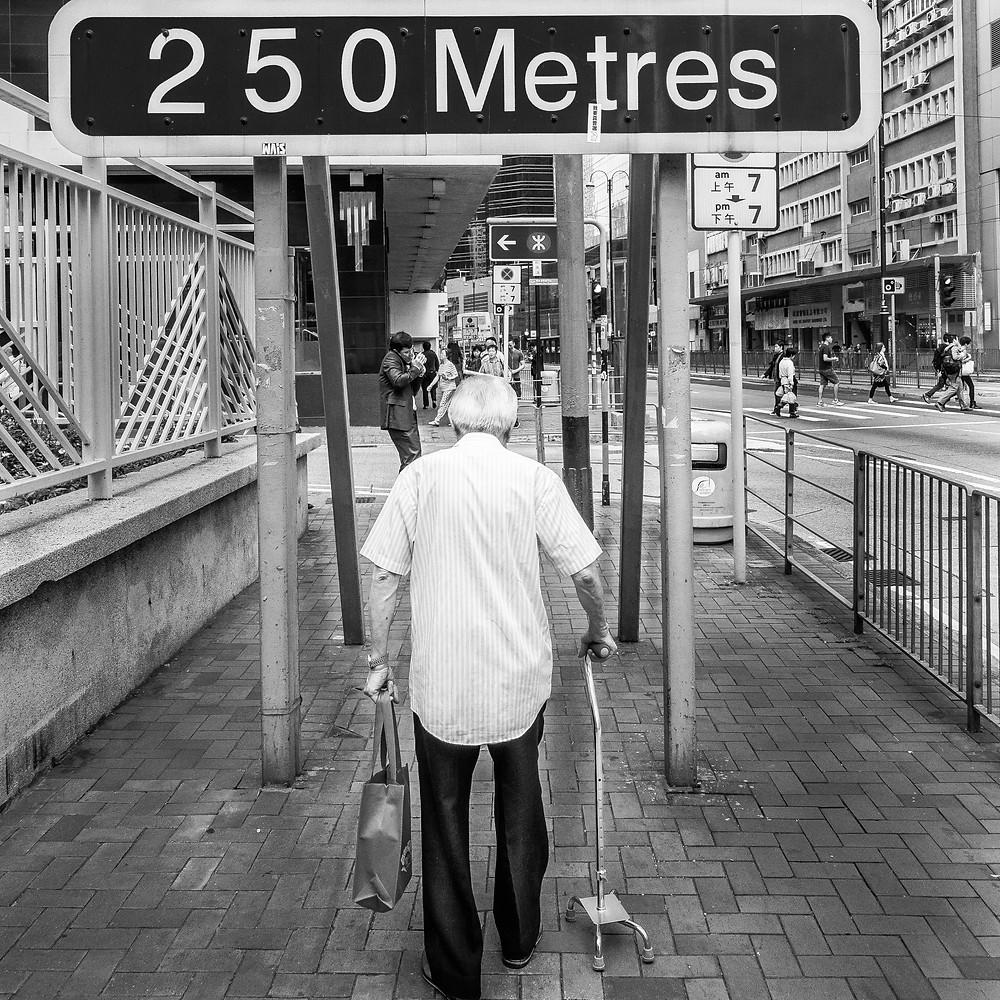 Curso de Fotografía callejera, como Obserbvar la Calle, Disparar a personas por la espalda