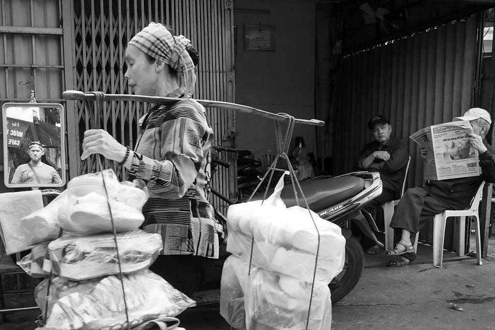 Autorretato en la calle, taller de fotografía en Vietnam