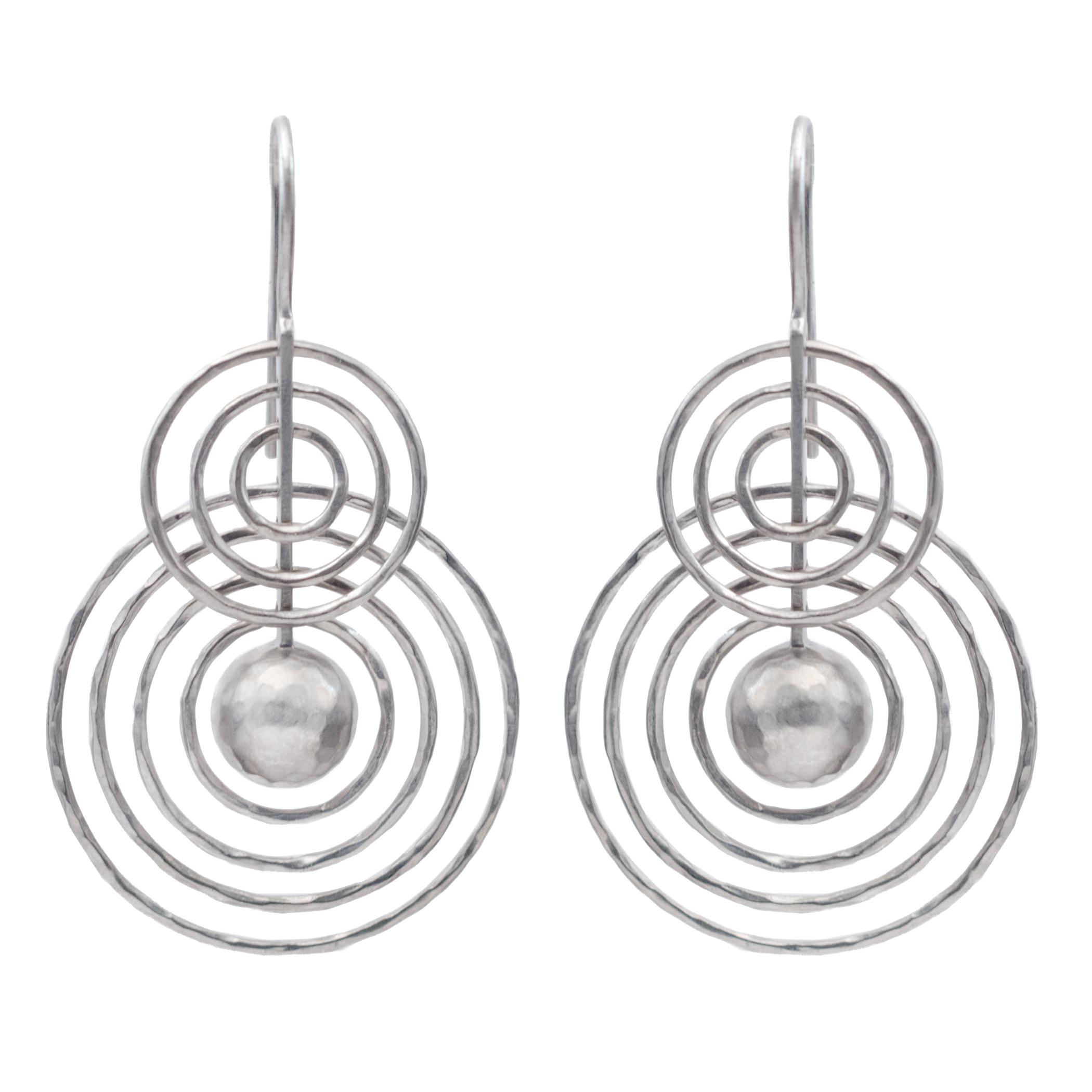 130108-925 earring light