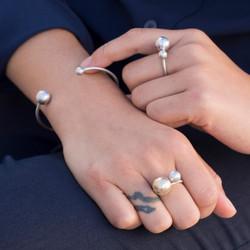 rings OM crop