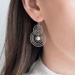 130108-925 diablo earrings OM f