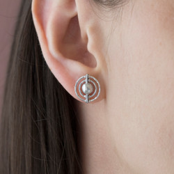 130120-925 bora earring OM k crop