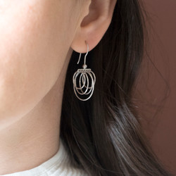 130106-925 gale earrings OM