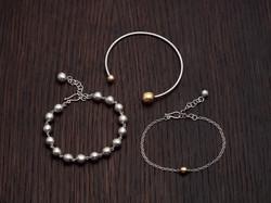 ball bracelets on wood SL a