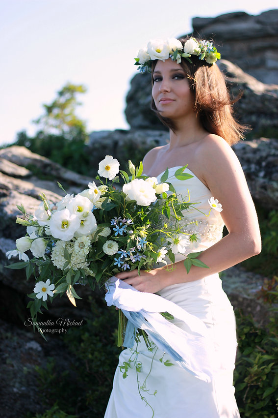 bride, bridal, wedding, portrait, flowers, nature