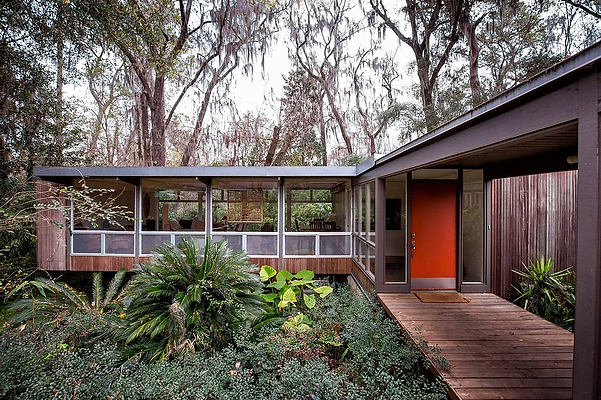 1957 - Spivack Residence with Architect