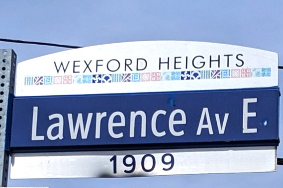 Wexford Heights street sign in Scarborough
