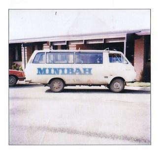 Mnibah-mini-bus.jpg