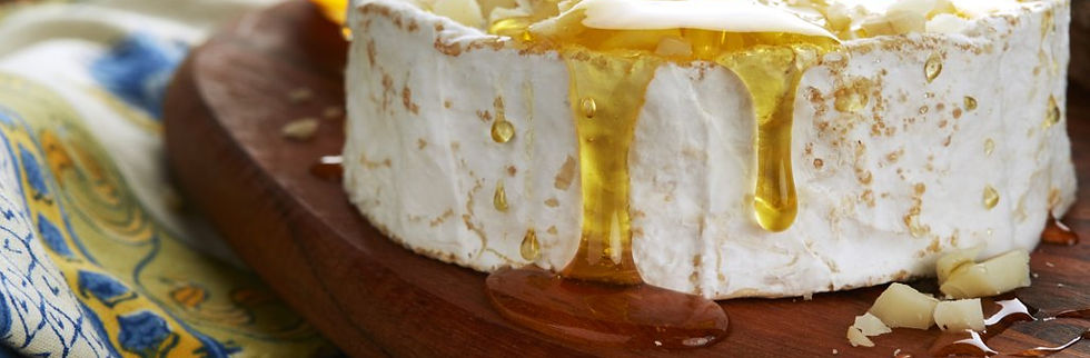 cheese-and-honey-platter-wilelaiki-honey