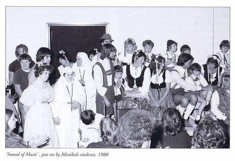 Sound-of-Music-Musical-1980.jpg