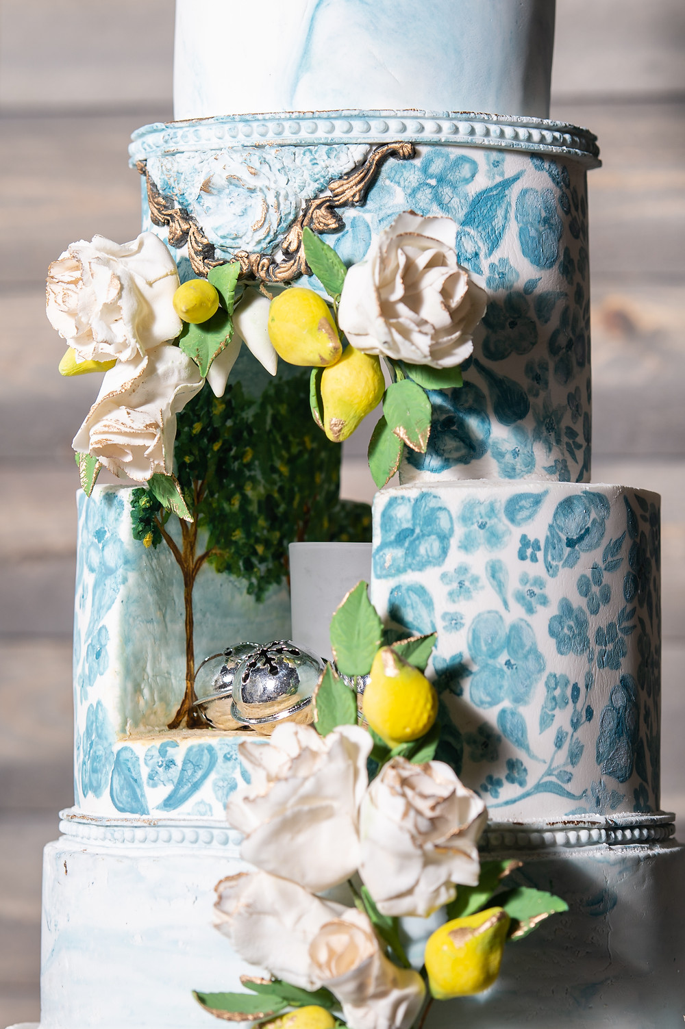 Detailed closeup of cake details