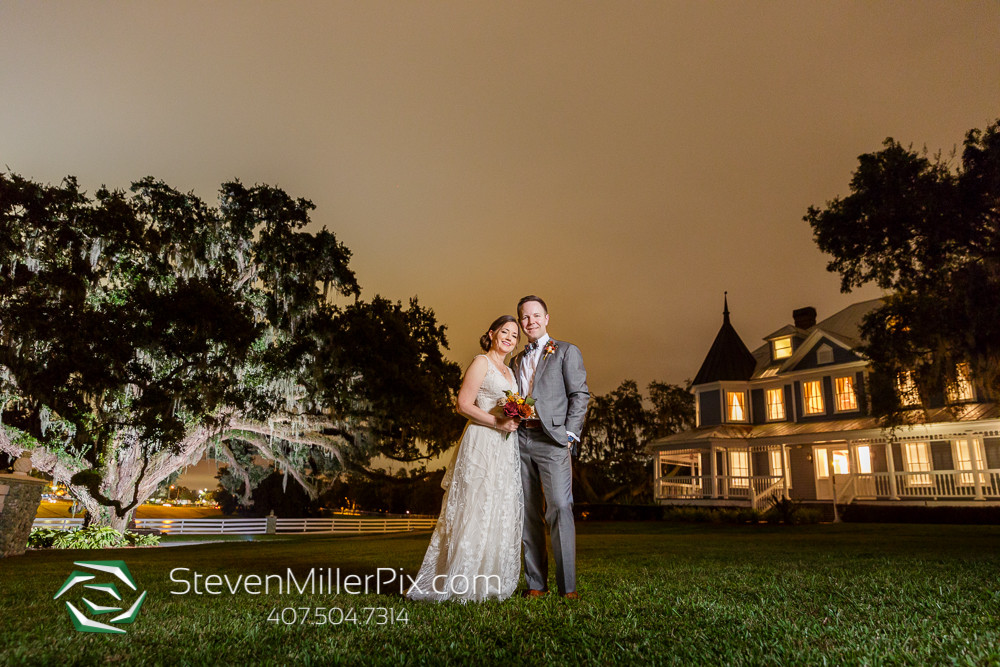 Bride and groom outdoor nighttime photo Highland Manor