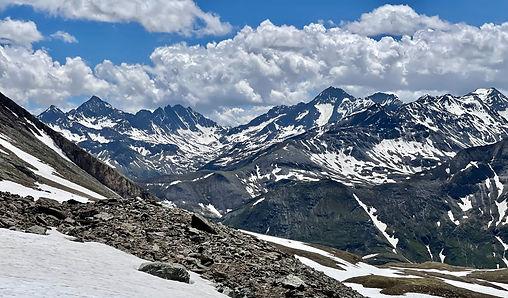 Alpen Mountain View_edited.jpg