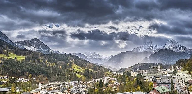 Berchtesgaden Alps and Clouds.jpg