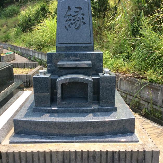 洋型墓石(お客様からのオーダーメイド)