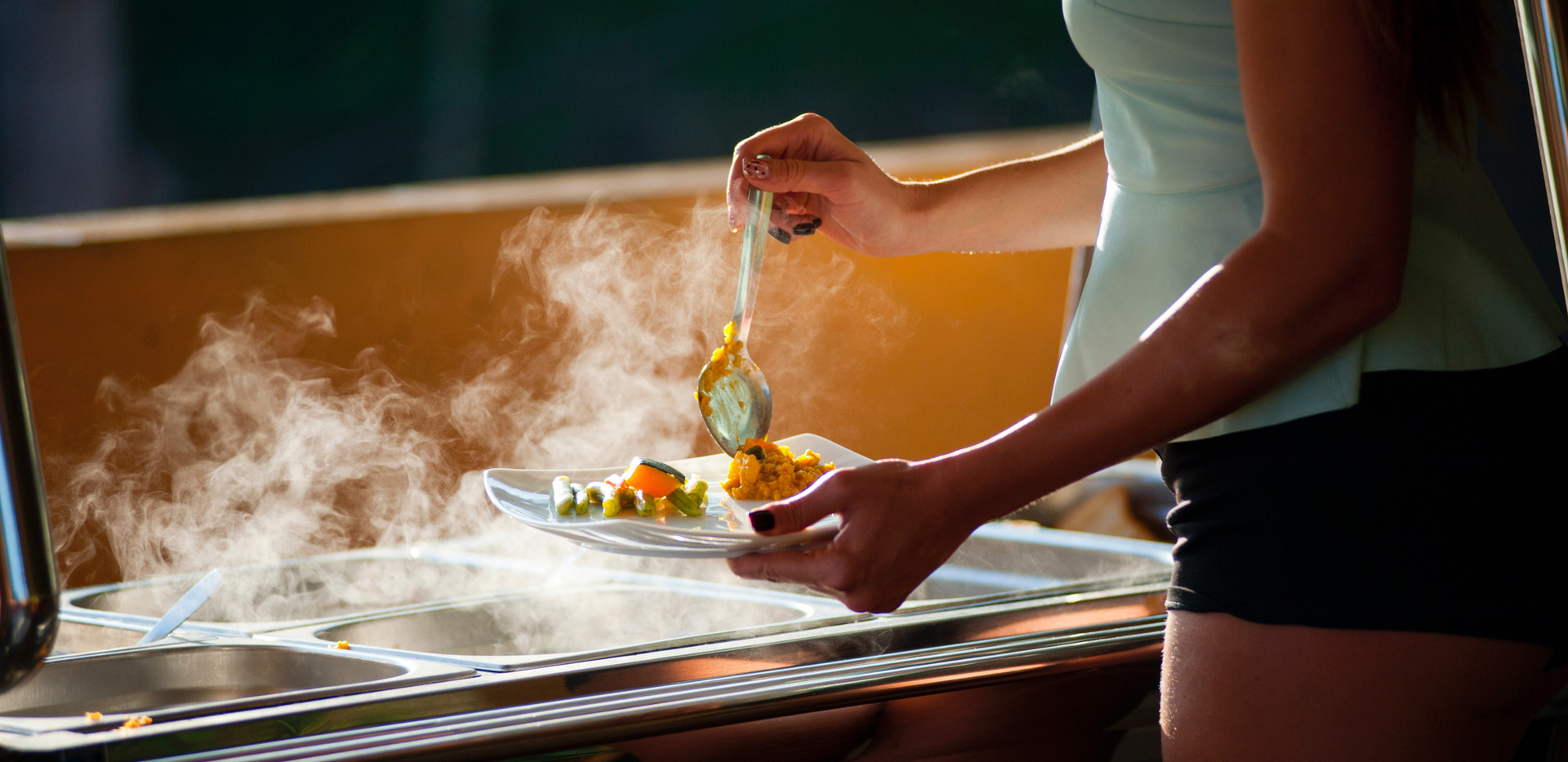 adult-bar-cook-321588.jpg