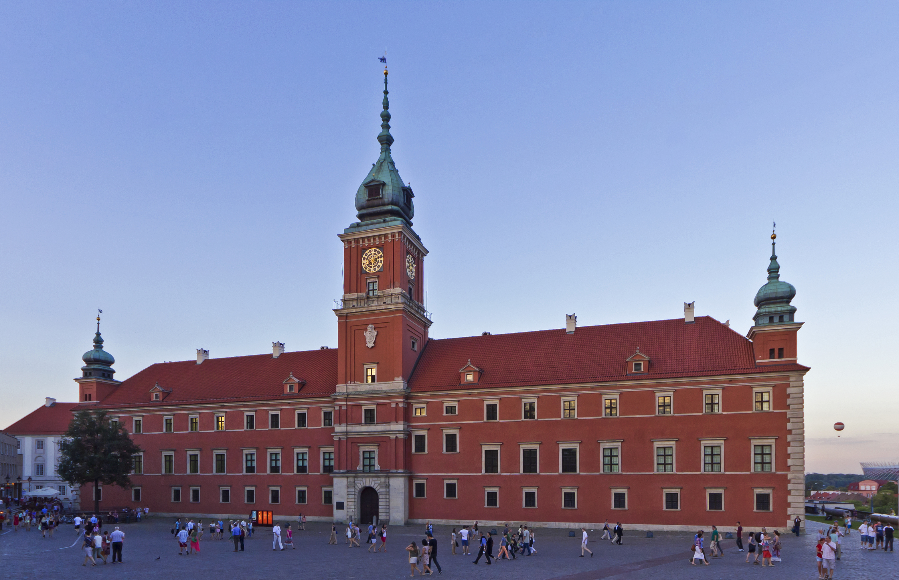 Warsaw palace square