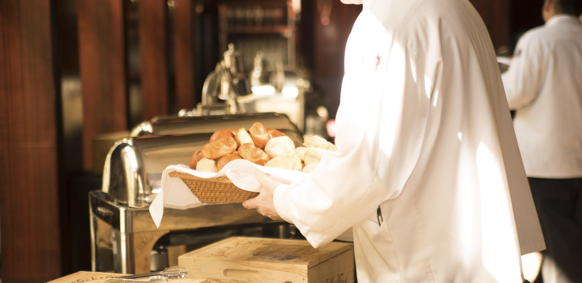 adult-bread-breakfast-280121.jpg