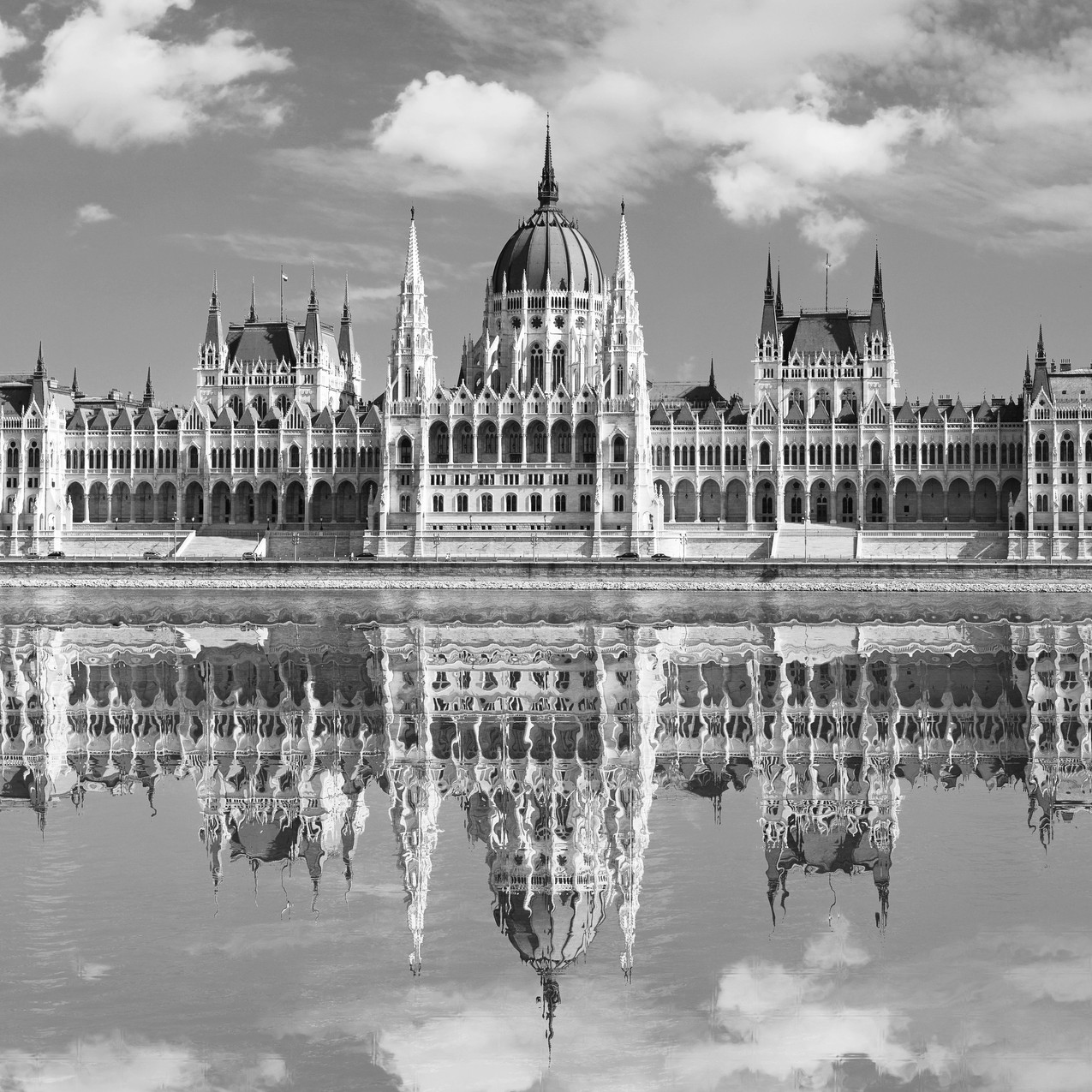 Budapest Parliament Full size