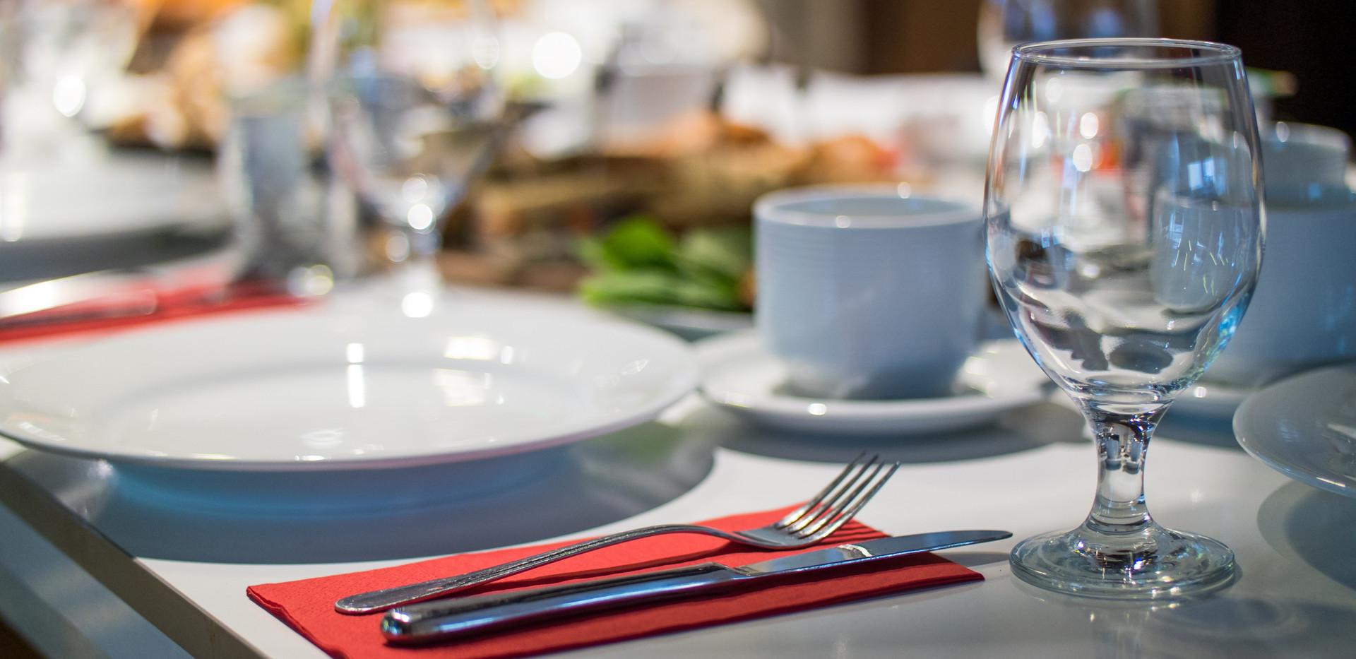 blur-close-up-cutlery-735869.jpg